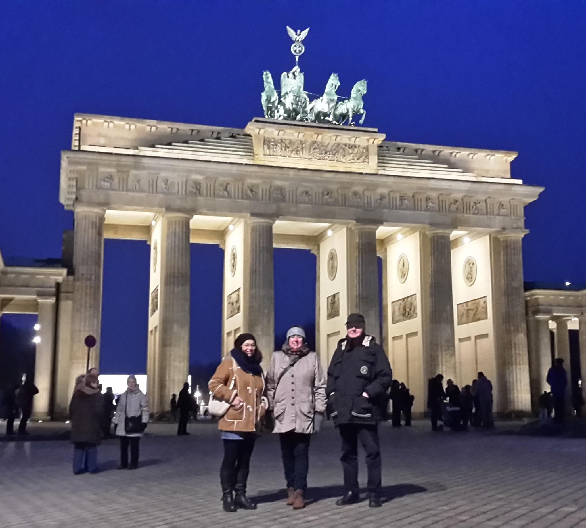 - 001 Das BürgerBus Team in Berlin